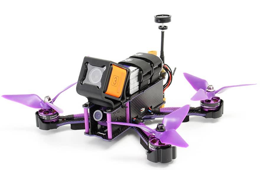 Cómo volar un drone de carreras