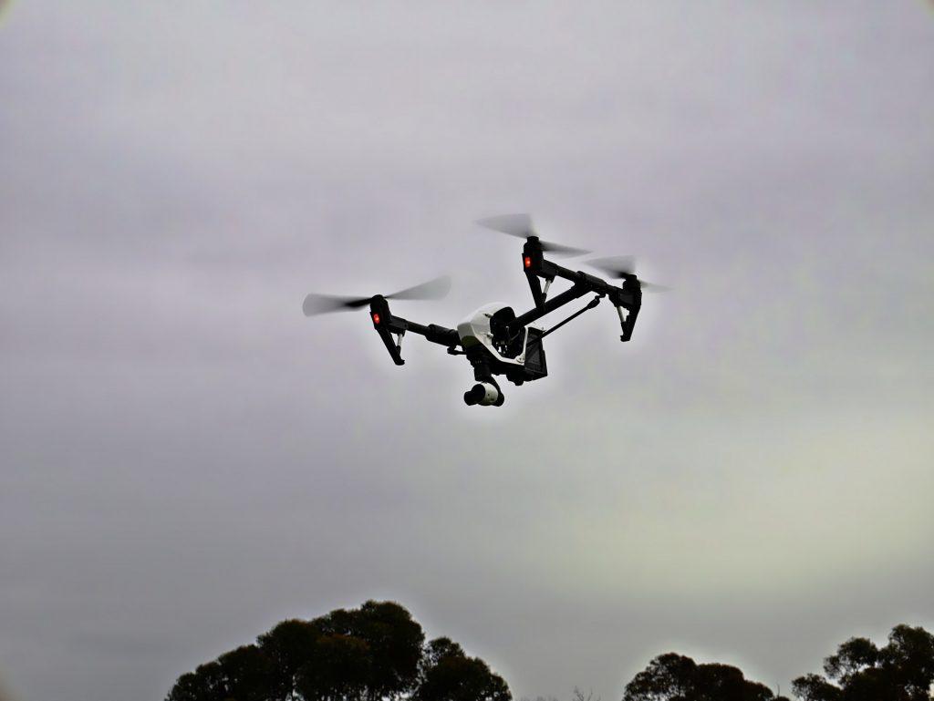 Dron Phantom planos aéreos
