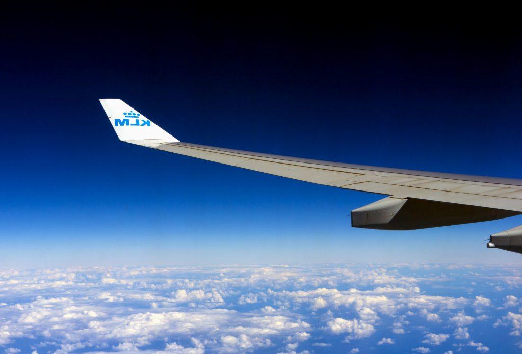 Volando en un avión